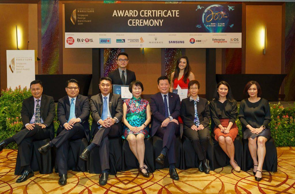 131-SA902767-2019-award-certificate-ceremony